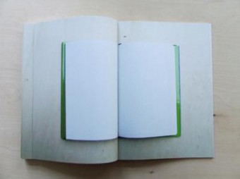 This page is intentionally left blank (onderdeel van defining white)